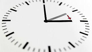 Zomertijd weer ingegaan, klok uur vooruit