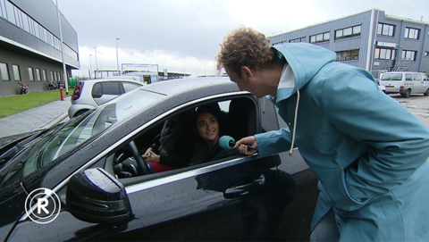 Louche parkeerbedrijven op Schiphol | Radar checkt