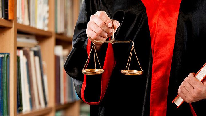 Rechtsbijstandverzekering mag je niet te vaak aanspreken
