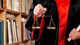 Zaterdag in Radar Radio: Hoe vaak mag je je rechtsbijstandverzekering aanspreken?
