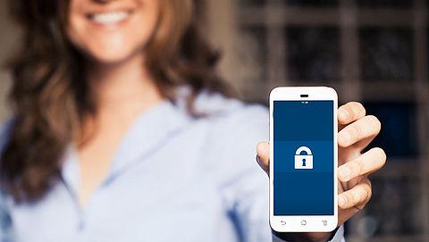 'Nederlanders beschermen online gegevens niet goed genoeg'
