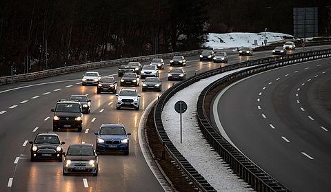 Voorlopig geen algemene maximumsnelheid op Duitse snelwegen}