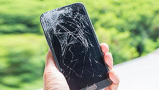 Maandag in Radar: Reparatie kapot telefoonscherm | Nieuwe Europese betaalrichtlijn PSD2