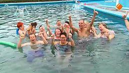 Douche: Zwembad Haulewelle