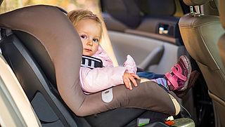 Waarschuwing: kinderzitjes kunnen ernstig letsel veroorzaken