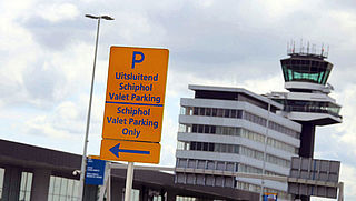 Gratis kwartiertje parkeren voor halen en brengen op Schiphol verdwijnt