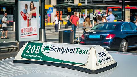 Nederland in top 5 dure taxiritten vanaf luchthaven}