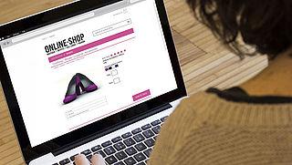 Meer mensen winkelen online