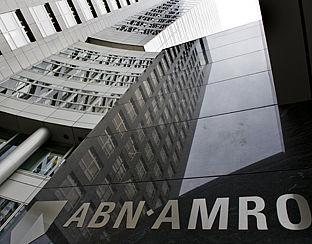 ABN Amro draait verhoging opslag deels terug