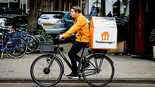Utrecht gaat thuisbezorgers controleren op verkoop alcohol
