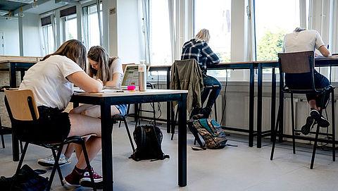 'Verminder kans op verspreiding corona, controleer ventilatie in scholen'