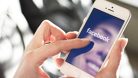 'IPhonecamera geactiveerd bij gebruik Facebookapp'