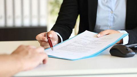 Loon bij flexibel contract bijna helft lager dan bij vast contract