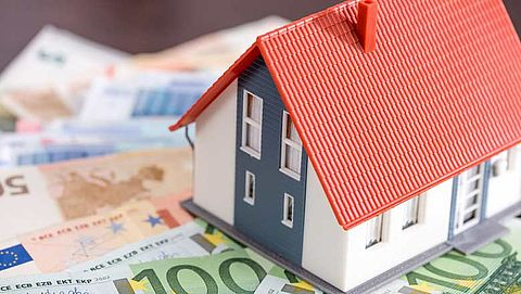 SP wil huur sociale woningen 400 euro omlaag}