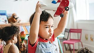 Ouders krijgen compensatie voor kinderopvang rechtstreeks van de overheid