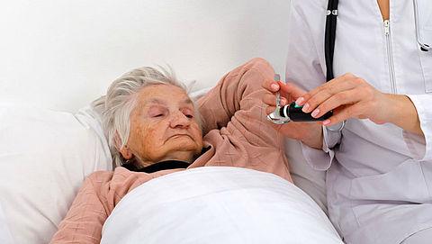 'Oudere grieppatiënt sneller doorverwezen naar verpleeghuis'}