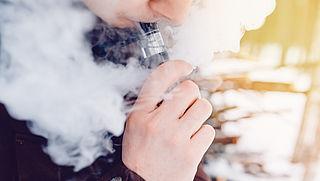 Leeftijdsgrens en reclameverbod voor 'rookvrije sigaret'