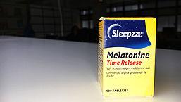 'Er moet een waarschuwing op potjes melatonine'
