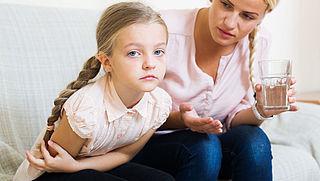 Last van buikpijn bij kinderen, wat kun je doen?