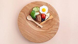 Intermittent fasting: dit stappenplan helpt je beginnen met vasten