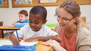 Beurs voor omscholing tot leerkracht basisonderwijs