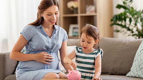 Aantal alleenstaande ouders in bijstand neemt af}