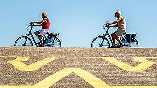 Zo ga je op een e-bike wél veilig door het verkeer