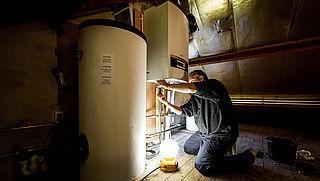 750.000 woningen moeten over op warmtenet, aansluitkosten stijgen fors