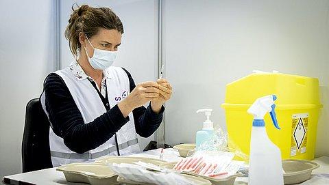 Uitvoerige kritiek op Nederlands vaccinatiebeleid