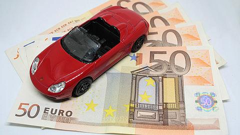 Duizenden euro's extra premie autoverzekering: kan dat zomaar?
