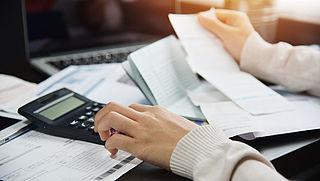 'Snellere regeling voor burgers met grote schulden'
