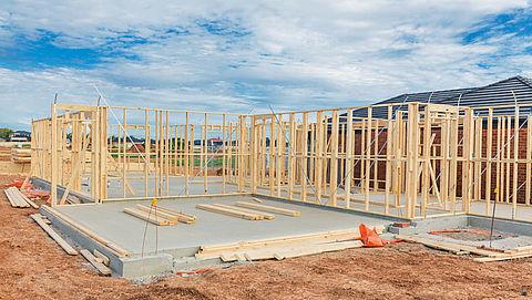 'Kosten bouwvergunning verschillen per gemeente sterk'}