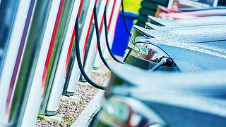 'EU krijgt miljoen laadpunten en waterstofstations in 2025'