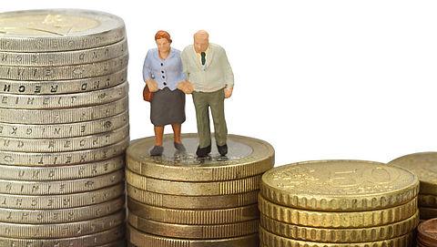 Aantal pensioenfondsen daalt verder}