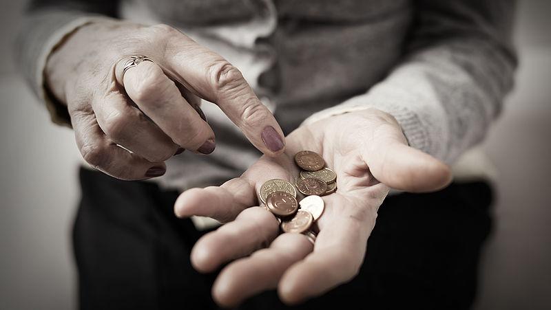 Dekkingsgraad pensioenfondsen daalt flink