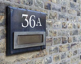 Letter bij huisnummer, verzekering duurder