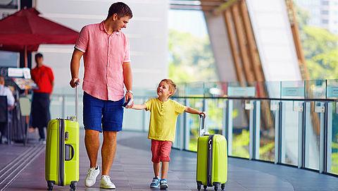 Als ouder alleen op reis met kind: 'Trek extra tijd uit'