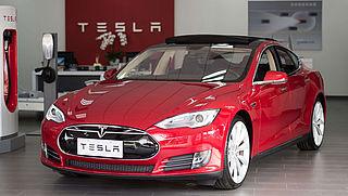 Tesla roept Model S-auto's terug
