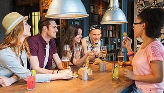 'Doorgeven alcohol aan minderjarigen moet worden beboet'