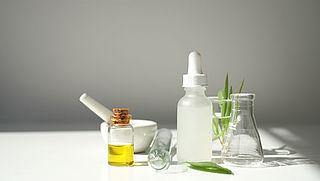 'Dure medicijnen mogen nagemaakt worden door apothekers'