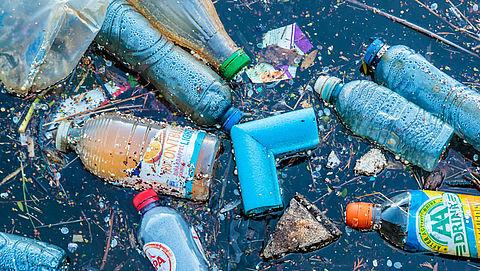 Mogelijk eerder besluit over statiegeld op plastic flesjes