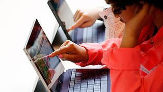 'Helft van jongeren overschat eigen digitale vaardigheden'