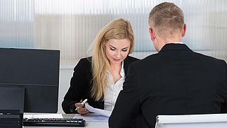 Arbeidsmarkt trekt aan, kans op vaste baan wordt groter