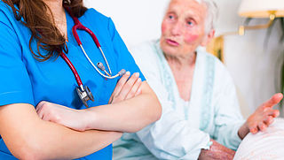 Parkinsonpatiënt wijkt uit naar België