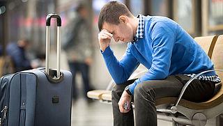 Passagiers die aansluitende vlucht missen kunnen claimen indienen op bestemming