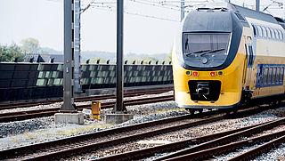 NS en ProRail willen vuurwerkvrije zones bij spoor