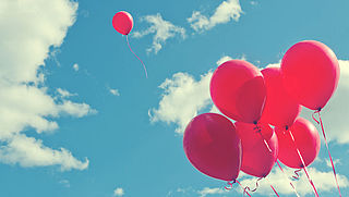 Ballonnen oplaten in steeds meer gemeenten verboden
