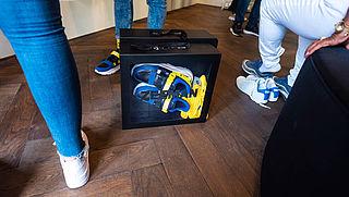 Zeeman experimenteert met dure en goedkope sneaker in pop-upstore