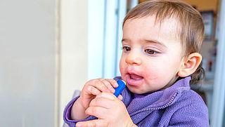 Consumentenbond waarschuwt voor gevaarlijke lippenbalsems voor kinderen