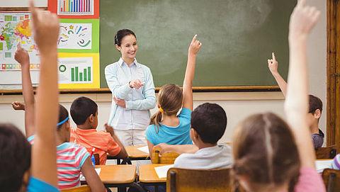 Steeds vaker buitenlandse leerkrachten voor de klas door tekort in Nederland}